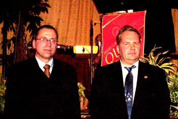 Wachwechsel: Dr. Jens Tusche (l.) übergab das Amt des 1. Sprechers des Arbeitskreises Wassersport an Dirk Dorn.